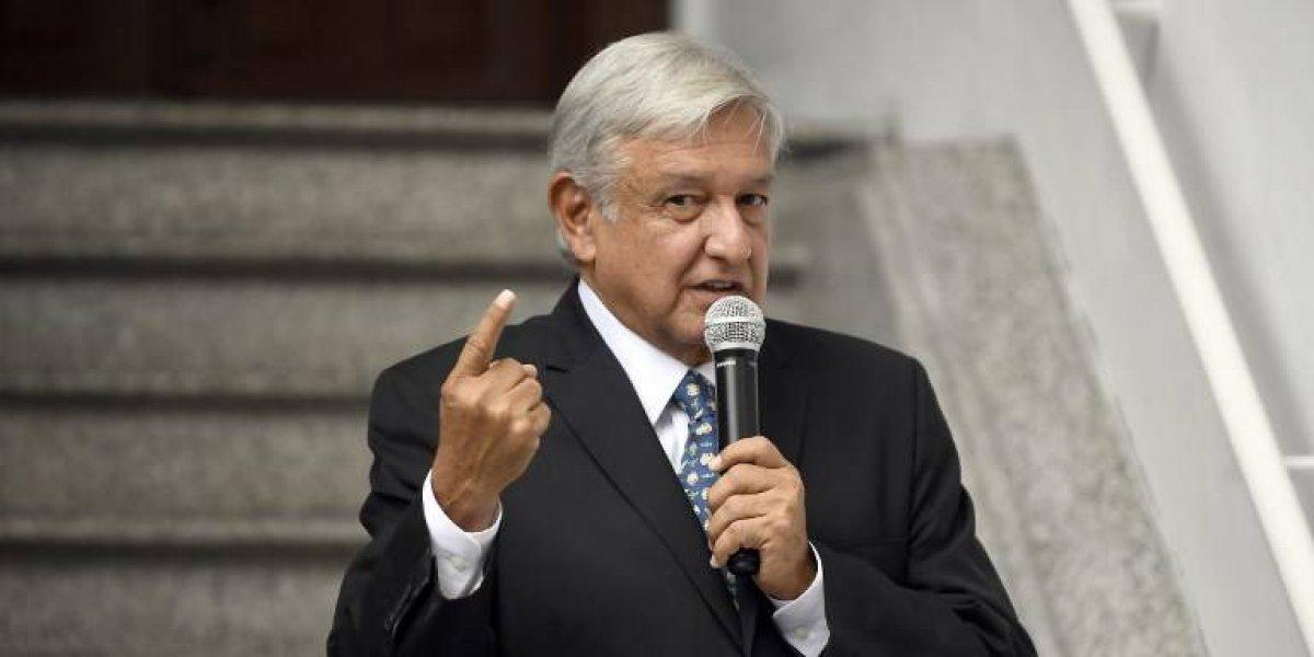 VIDEO.López Obradorse niega aviajar en el avión presidencial y su vuelo se retrasa cuatro horas