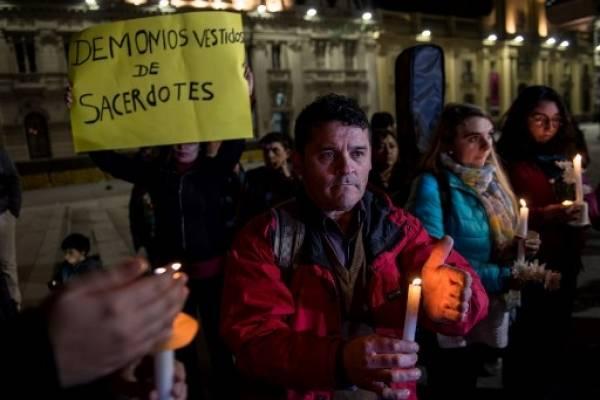 Abusos sexuales de obispos chilenos