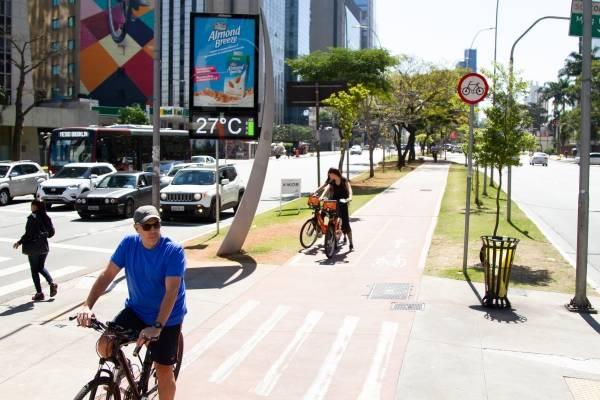 previsão do tempo clima sol calor céu azul bicicleta ciclovia paulista