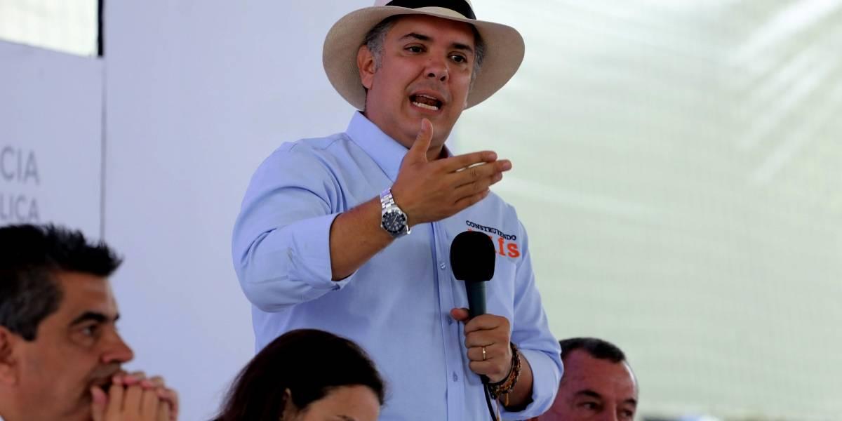 La embarrada de Ivan Duque con Carlos Slim, uno de los hombres más ricos del mundo