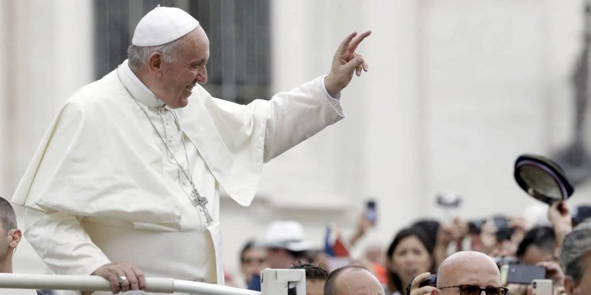 Papa Francisco bendice involuntariamente a equipo de la NFL