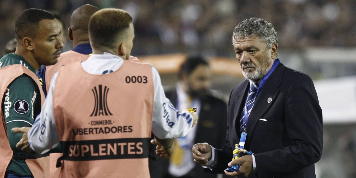 Colo Colo suma otro problema y la Conmebol le abre expediente por los incidentes ante Palmeiras