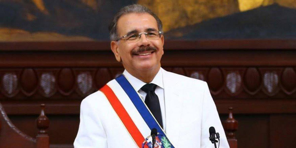 Medina es la figura política con mejor imagen en país, según encuesta Newlink