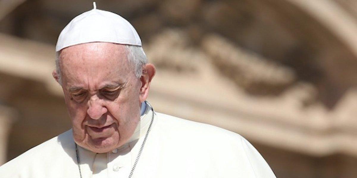 Papa Francisco aceptó renuncias de obispos de Chillán y San Felipe