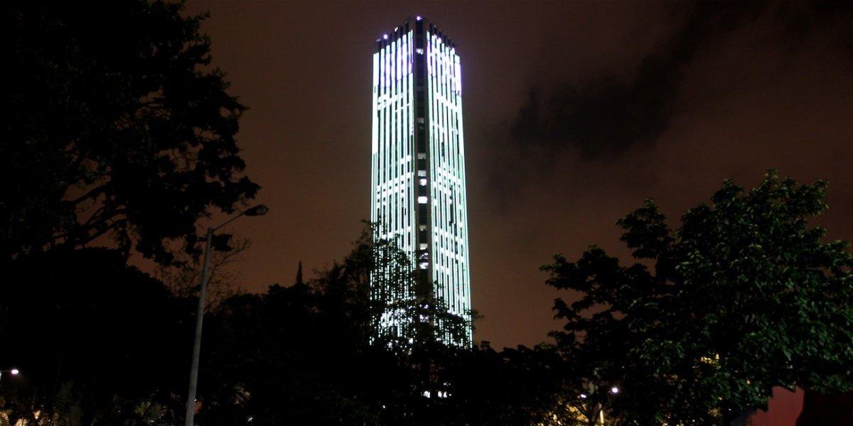 Reportan que un hombre se habría quitado la vida en la Torre Colpatria