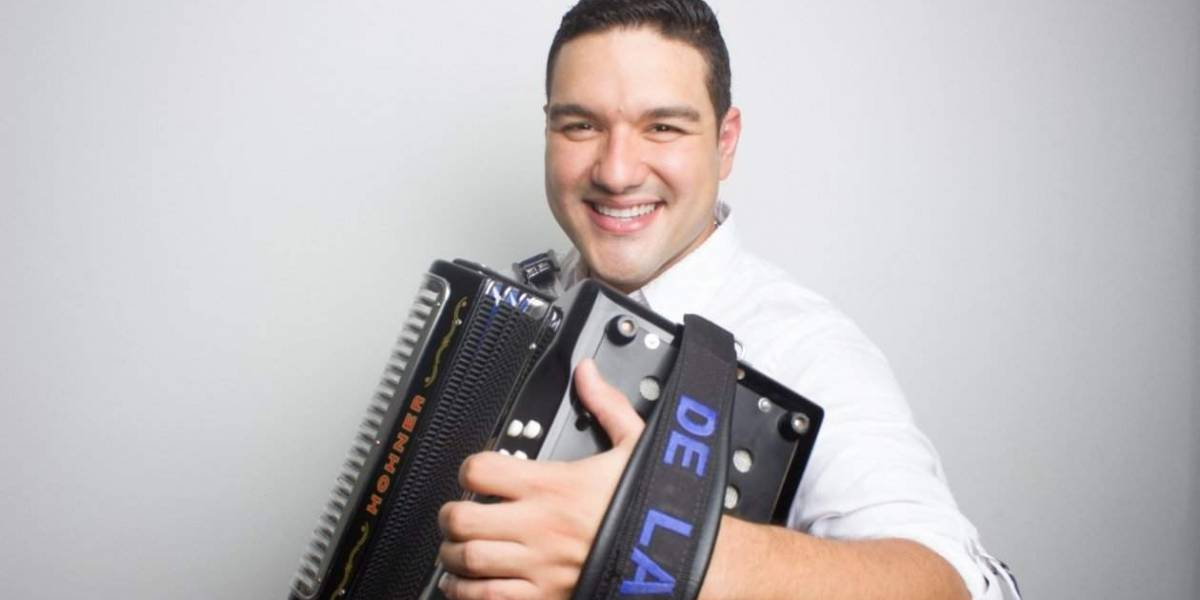 Rey Vallenato Aficionado denunció que le robaron dos acordeones de su camioneta