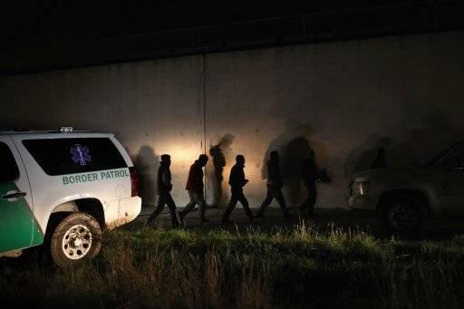 La idea es evitar el tránsito de migrantes