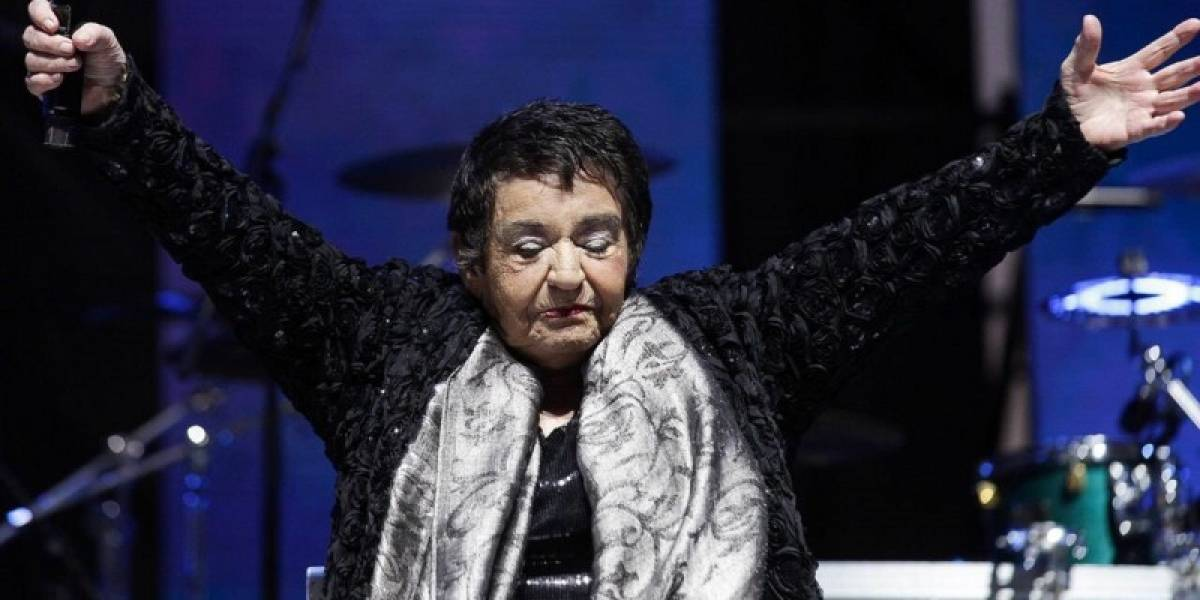 Cantante nacional Cecilia permanece internada tras sufrir crisis pulmonar
