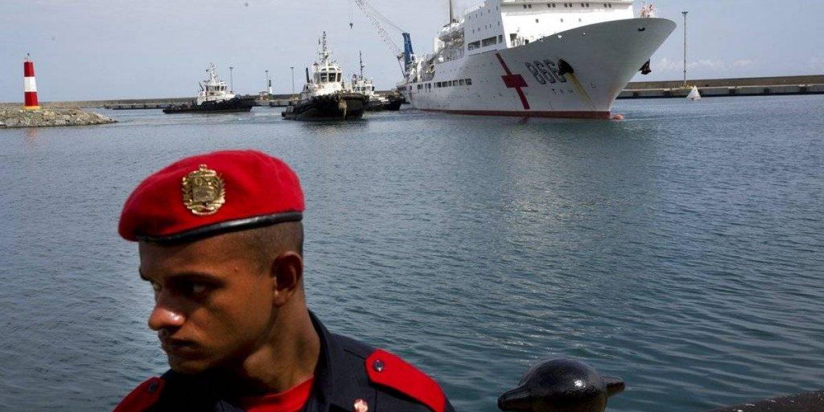 En medio de la crisis, barco-hospital chino llega a Venezuela