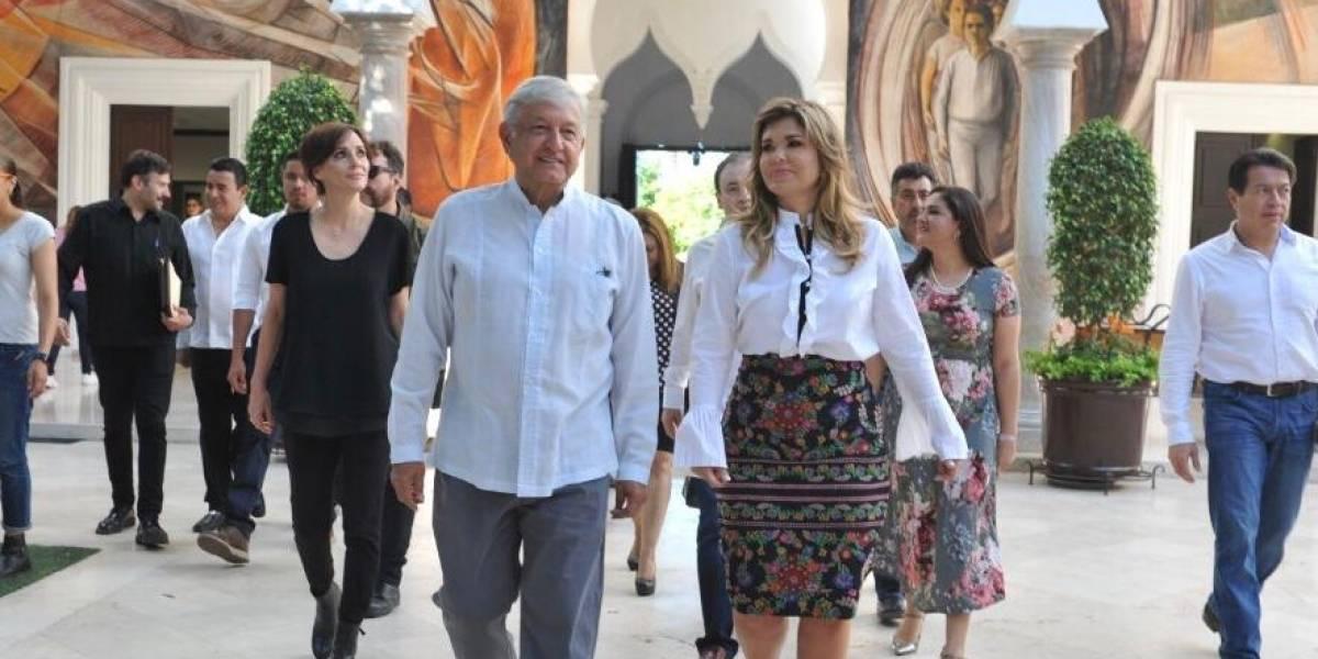Se reúne López Obrador con gobernadora de Sonora