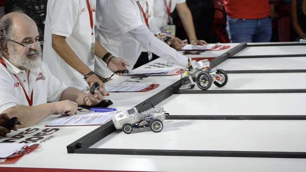 Disney, Universusm y Lenovo, unieron fuerzas para desarrollar el 1er Concurso de Robótica Infantil, donde cientos de niños se dieron cita para poner a prueba sus habilidades. Foto | Carmen Ortega