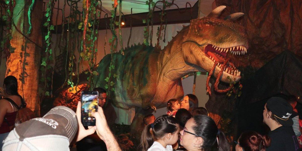 Dinosaurios: Conoce en Guatemala a robots de tamaño real del T-Rex, el Velociraptor y el Triceraptor