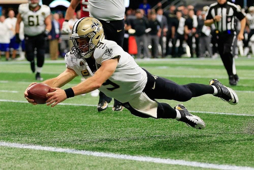El legendario mariscal de campo ahora va por la marca de yardas por aire en poder de Peyton Manning./ Getty Images