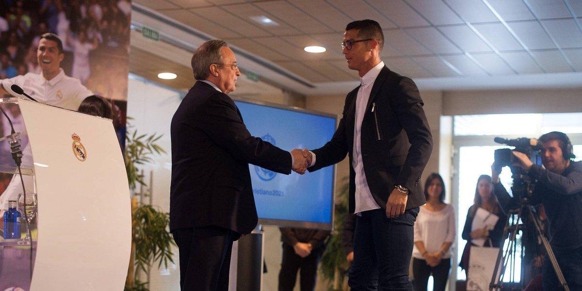 VIDEO: Florentino Pérez elogia a CR7 y a Zinedine Zidane