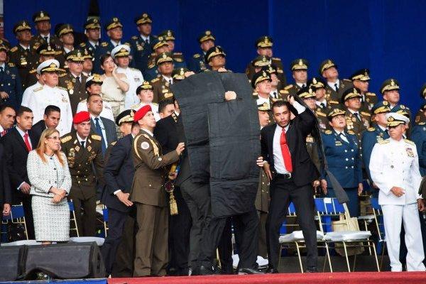 Vinculan a embajada de Chile con atentado a Nicolás Maduro