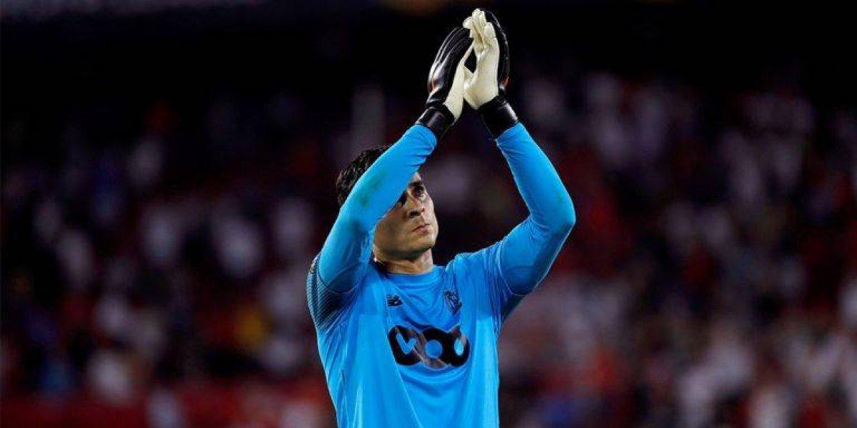 Ochoa no pudo evitar la derrota de su equipo en el Clásico de Bélgica