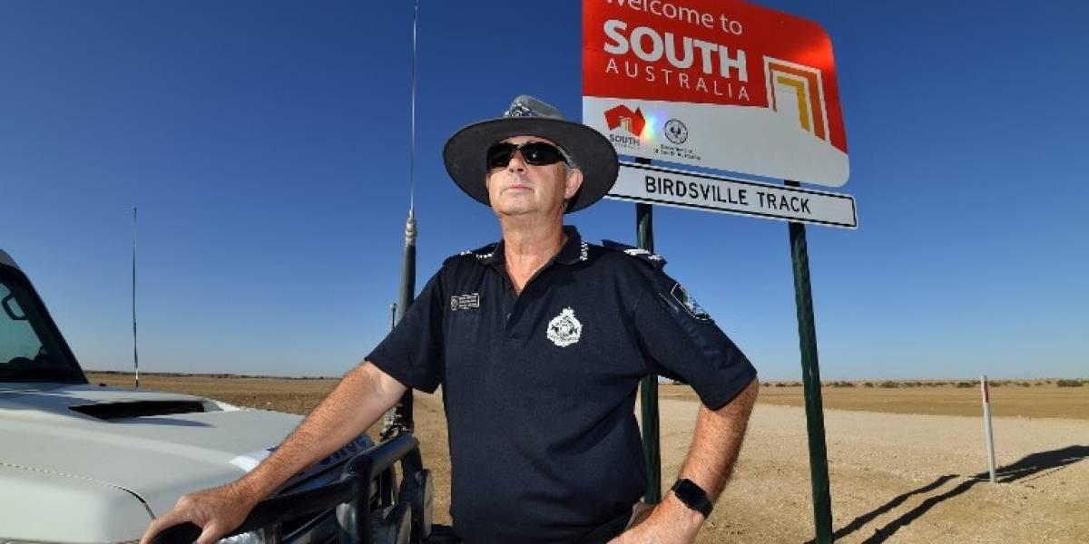 FOTOS. En un inmenso desierto, patrulla el policía más solitario de Australia