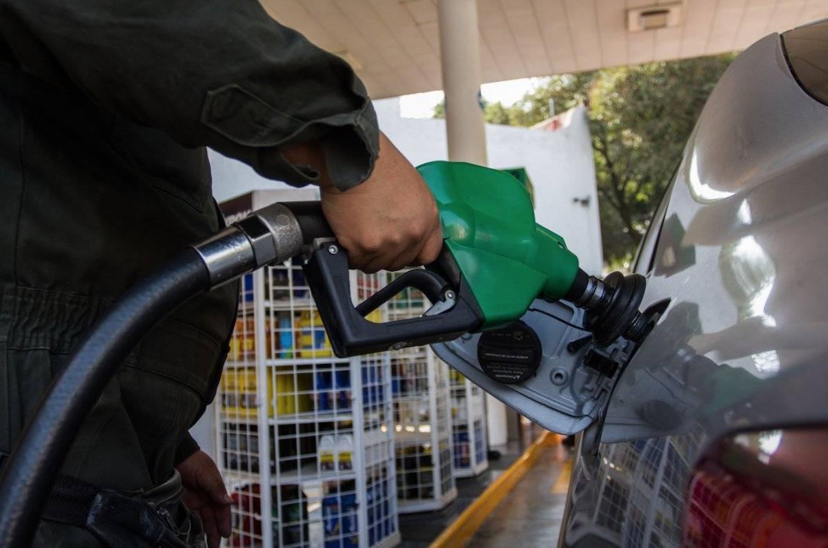 La gasolina Premium se comercializa hasta en 21.66 pesos por litro, al final de septiembre de 2018 / Cuartoscuro
