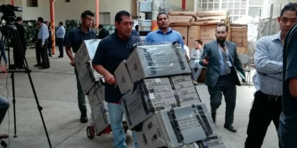 Trasladan a CDMX paquetes electorales de Puebla para recuento