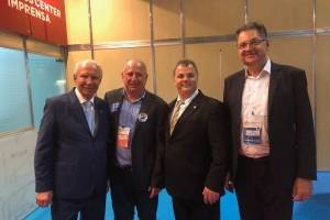 Hélio Scheneider, superintendente da Acaps, Rogério Zamperlini, João Falqueto e João Carlos Devens