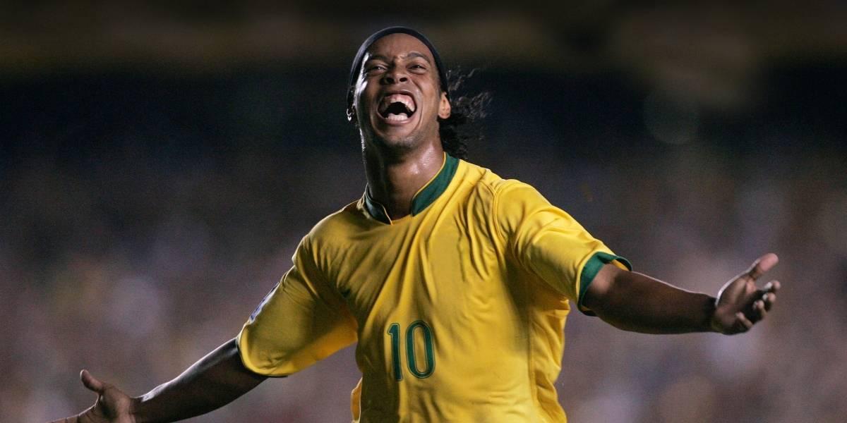 El look de Ronaldinho se robó las miradas en la alfombra verde de los premios 'The Best'