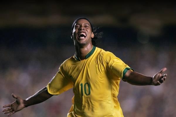 ¿Ronaldinho en la quiebra? Tiene menos de siete dólares en su cuenta bancaria