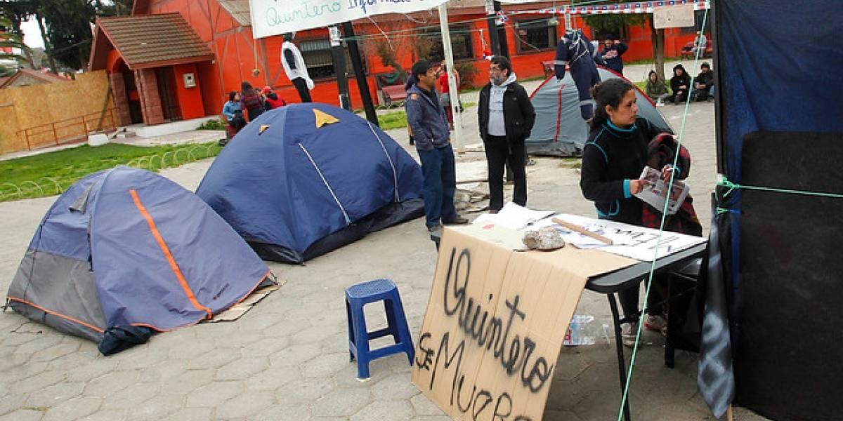 En la víspera de la vuelta a clases: estudiantes se tomaron brevemente la Municipalidad de Quintero