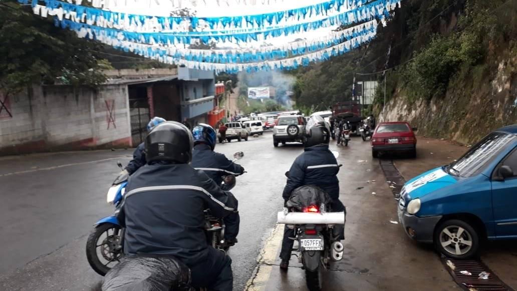 transportistas realizan bloqueos en Quiché