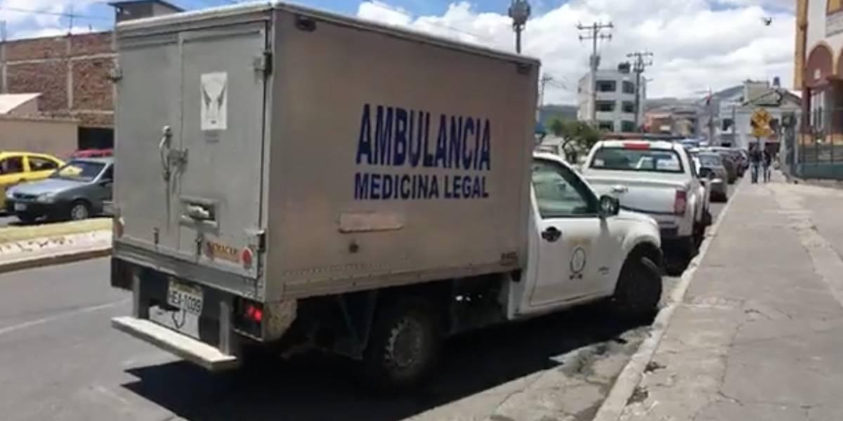 Velan restos de joven hallada muerta en una cisterna en Riobamba