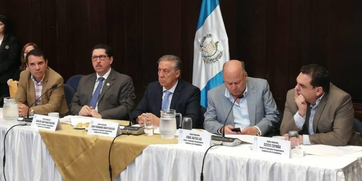 Pesquisidora señala dudas en denuncia contra Morales
