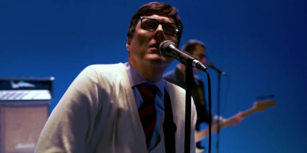 Weezer revive primeiro clipe em vídeo para Africa, cover de Toto