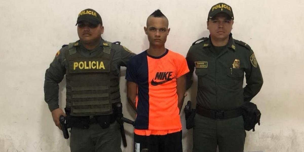 Lo capturaron porque se estaba paseando con granada de fragmentación en su barrio