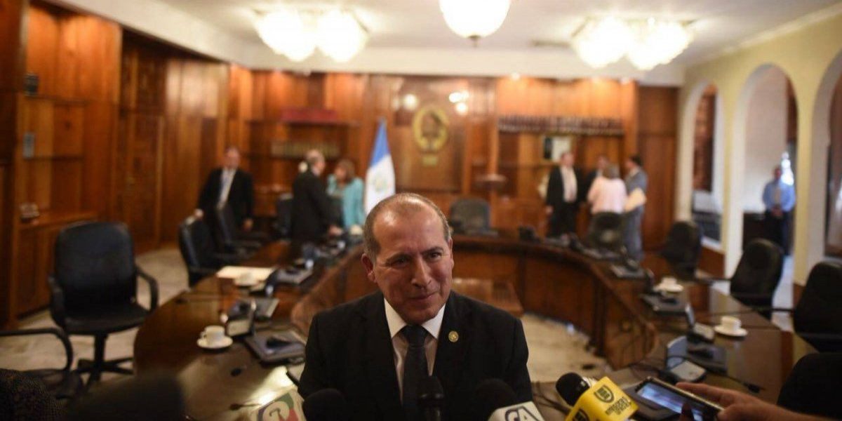 Nester Vásquez Pimentel es electo presidente del OJ