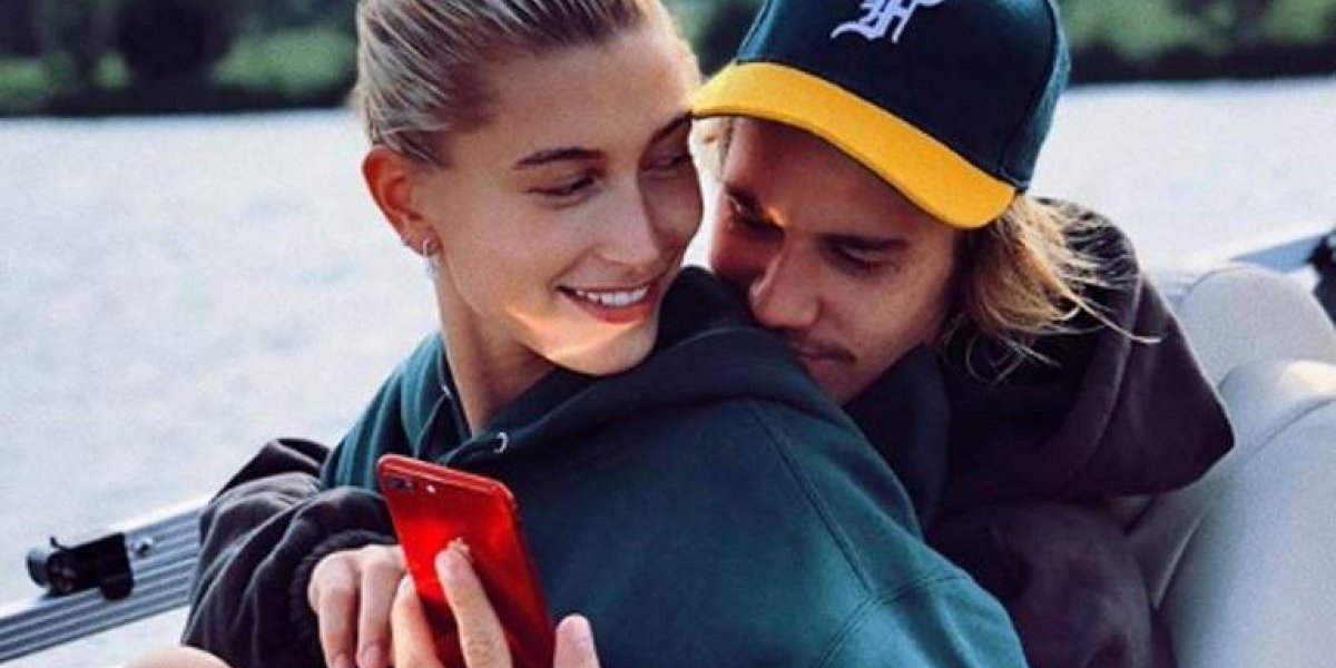 Hailey Baldwin e Justin Bieber contarão detalhes sobre o seu casamento e vida a dois
