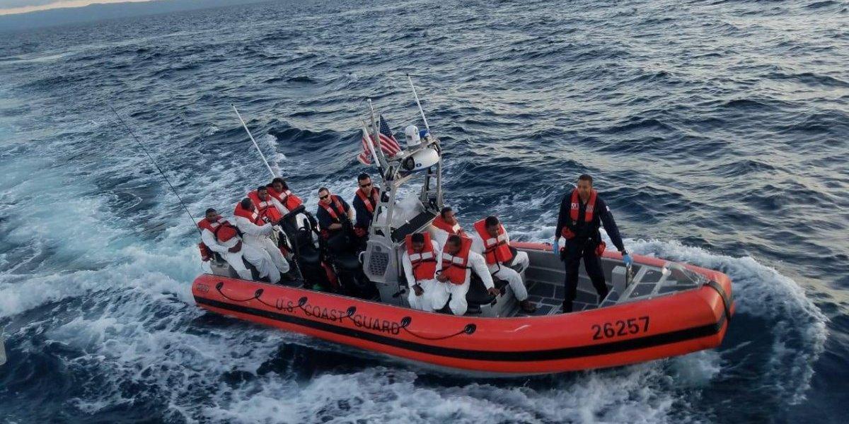 Armada Dominicana intercepta embarcación ilegal que pretendía llegar a P.Rico