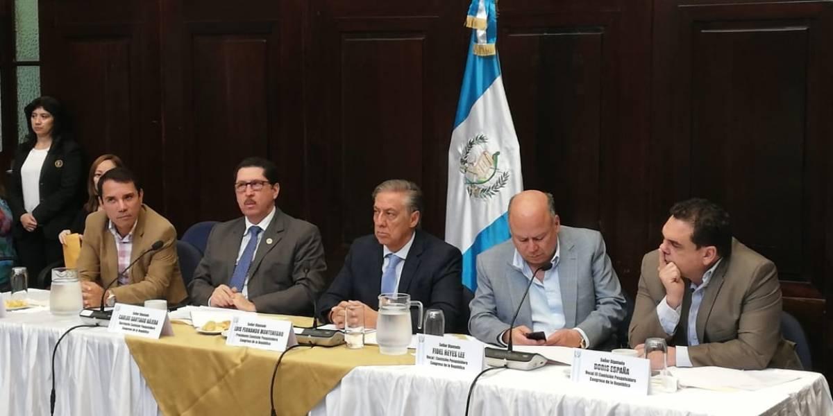 Presidenta de CC no se presenta a reunión de pesquisidora que analiza antejuicio contra Morales