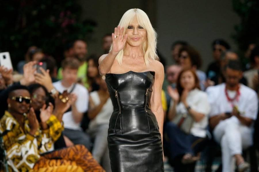 c0bd240b6f298 Michael Kors compra Versace por US 2.120 millones  ¿qué buscan las marcas  de moda