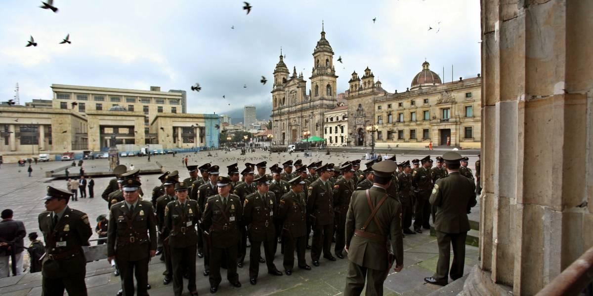 """Las palomas de la Plaza de Bolívar """"se han vuelto una plaga"""": Peñalosa"""