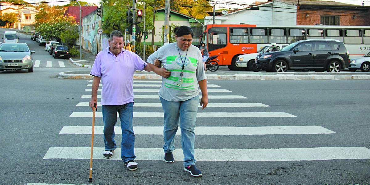 CET aumenta tempo para travessia em 11 cruzamentos de São Paulo