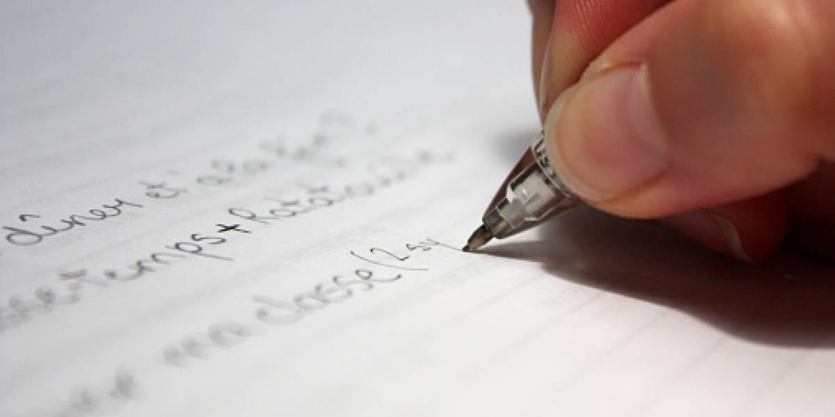 Joven se hizo viral por escribir su hoja de vida a mano y consiguió trabajo