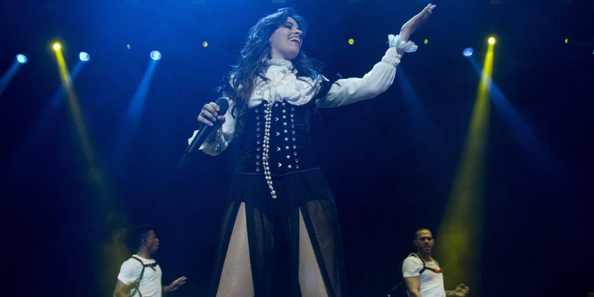 Camila Cabello canta en México al ritmo del mariachi