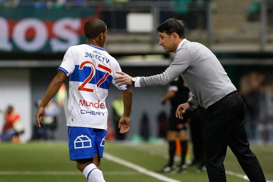 El DT Beñat San José ha advertido que César Munder corre por detrás de los otros extranjeros del plantel de honor de la UC / Foto: Agencia UNO