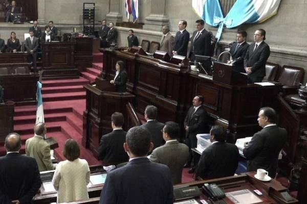 Los diputados pasaron más de media hora discutiendo las reformas a la Ley del Turismo Interno.