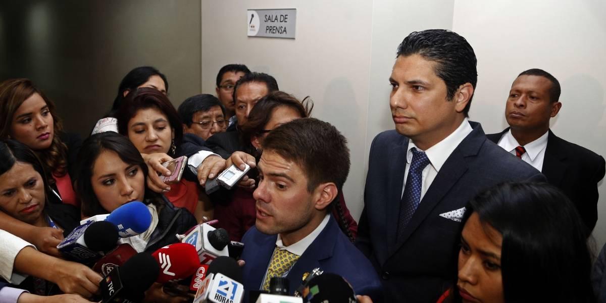 Abogado de Balda denunció que asambleísta visitó a Diana Falcón para que diga que su confesión es mentira