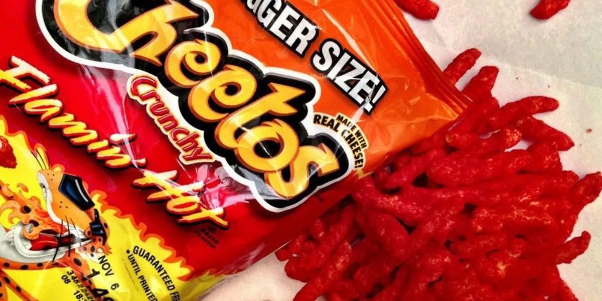 Joven rapero terminó en el hospital por intoxicación de Cheetos