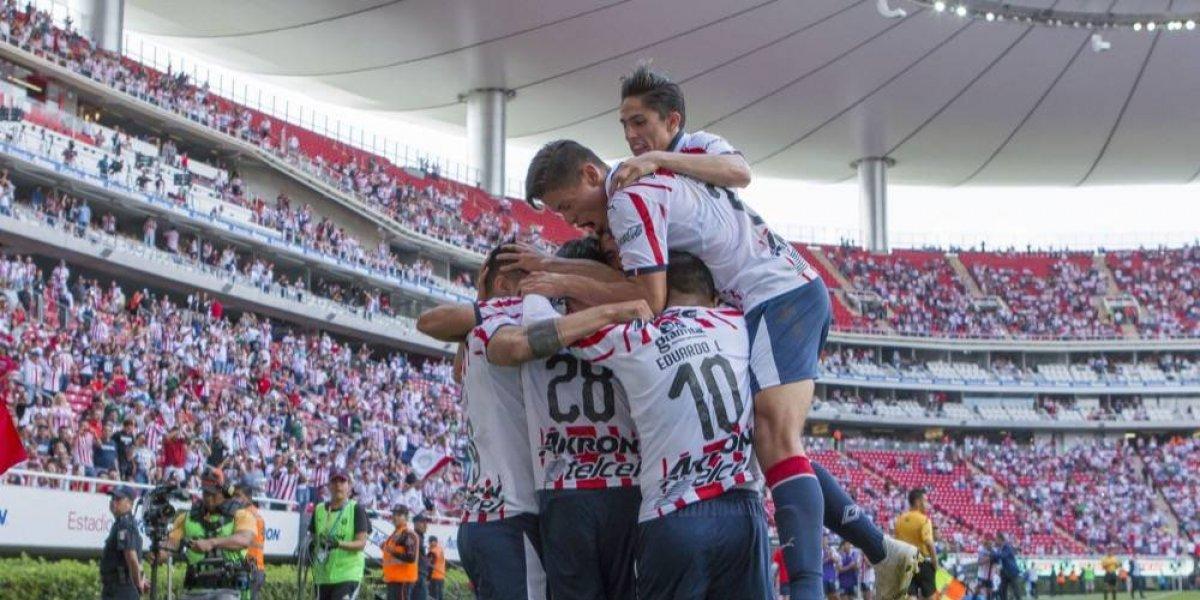 Chivas y Pumas, por el pase a cuartos de la Copa MX