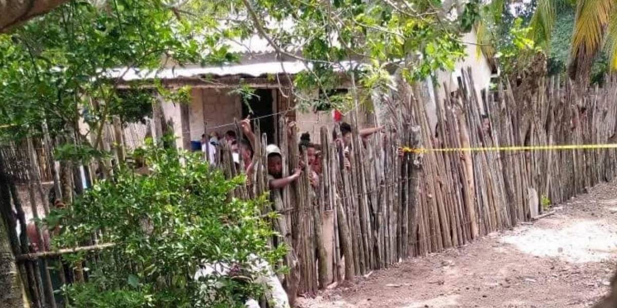 Hallan feto enterrado en patio de casa de pueblo colombiano