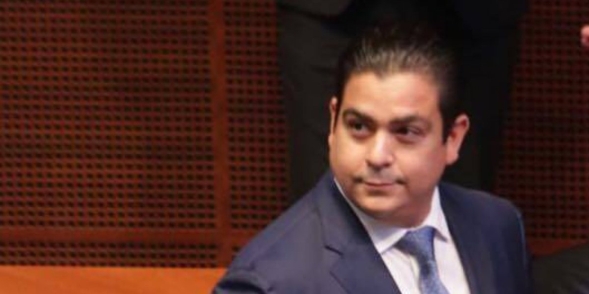 """""""Te pillamos po' compadre"""": senador mexicano sorprendido en chat sexual y misógino durante sesión en el Congreso"""