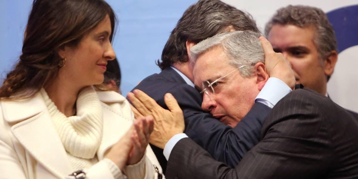 Nuevamente confundieron al presidente Duque con Uribe y esta vez fue un alto funcionario