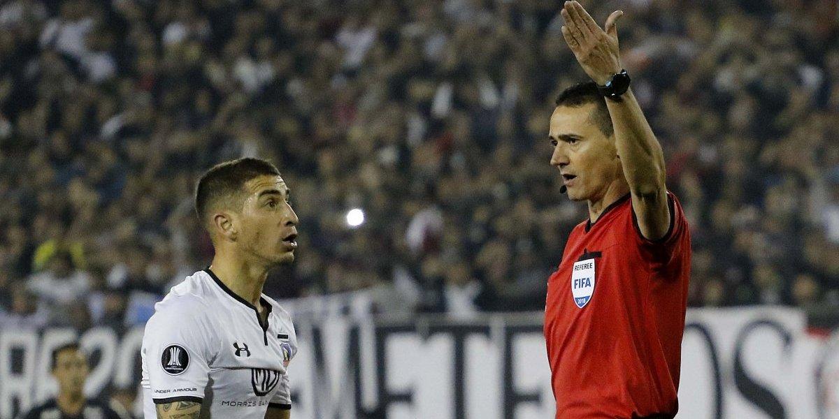 El árbitro colombiano Wilmar Roldán volverá a dirigir a Colo Colo en la Copa Libertadores